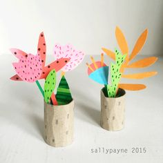 More paper plants Halloween Art Projects, Halloween Crafts For Kids, Projects For Kids, Diy For Kids, Craft Projects, Kids Crafts, Toddler Crafts, Spider Crafts, Crafty Kids