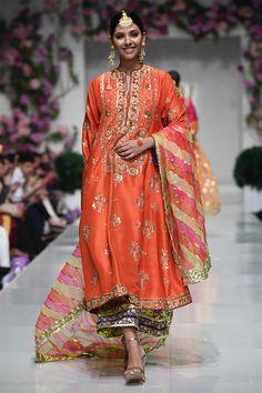 Pakistani Bridal Dresses, Pakistani Dress Design, Pakistani Outfits, Indian Outfits, Wedding Dresses, Pakistani Designer Clothes, Indian Designer Outfits, Designer Dresses, Embroidery Suits Design