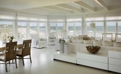 Post: Casa de la playa espectacular en Martha's Vineyard, Massachusetts ---> beach house, blog de decoración interiores, blog decoración nórdica, casa de la playa decoración, costa este americana decoración, decoración casas celebrities famosos, estilo americano playa, estilo hamptons decoración, estilo nórdico costa