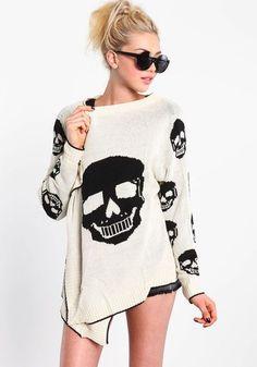 ivory skull cardi, I'm gonna need. Skull Fashion, Gothic Fashion, Love Fashion, Womens Fashion, Mode Outfits, Fashion Outfits, Skull Sweater, Gothic Mode, Estilo Rock