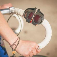 Slap Fashion Sunglasses Creative Wristband Slappable Glasses Snap Bracelet Bands…