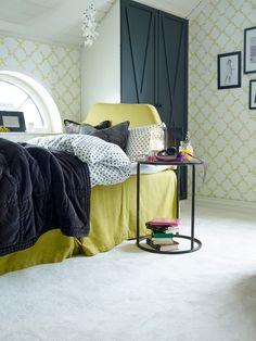 La barna få bruke fantasien når dere skal innrede rommet. Tør å la dem eksperimentere med farger, det verste som kan skje er at dere må male eller tapetsere om igjen om noen år! Å få sitt eget rom er kjempestort. Men å få lov til å være med å innrede det, er enda større! Vi viser deg et lite knippe tapeter til barnerom, for liten og stor. #Tapet#Soverom#Gult#detaljer#soverom#Mønstertapet#Inspirasjon#Fargerike#yellow#wallpaper#bedroom# Dere, Ikea, Interior Design, House, Furniture, Home Decor, Rome, Nest Design, Decoration Home