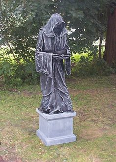 Haunters Hangout - Reaper Stone Statue DIY