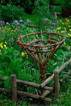 Un anno al giardino medievale di Torino. L'orto e gli arredi - Furighedda gardening