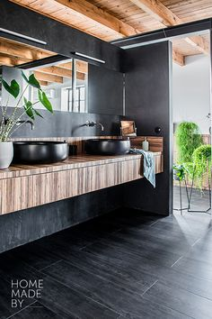 HOME MADE BY_STIJL LOFT | KLEURTREND | BADKAMER |  BADMEUBEL | PVC VLOER | BETONLOOK | INDUSTRIEEL | INTERIEUR TRENDS Bathroom Inspo, Sweet Home, Loft, Flooring, Homemade, Interior, Kitchen, House, Lifestyle