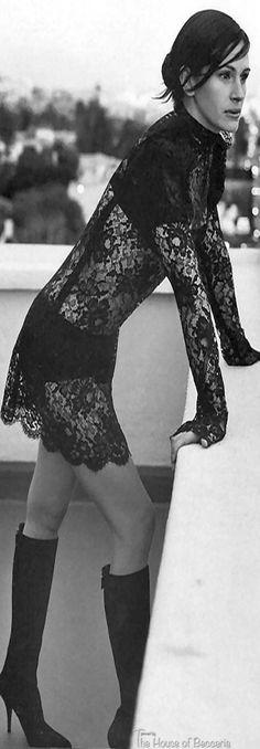 Julia Roberts photo by Mikael Jansson at Chateau Marmont, LA. 2001