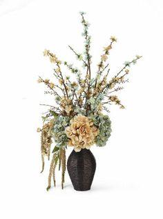 Natural Elements Foral arrangement