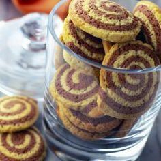Μπισκότα με βανίλια και κακάο Candy Crash, Greek Recipes, Biscotti, Pancakes, Muffin, Favorite Recipes, Cookies, Baking, Breakfast