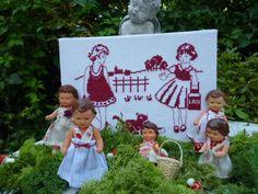 http://chezmariefil.canalblog.com/ Vous allez en prendre pleins les mirettes !! Elle sait vraiment tout faire, cartonnage, broderie, couture ! De très jolis ouvrages à découvrir !! Allez lui rendre une visite, vous serez enchanté !