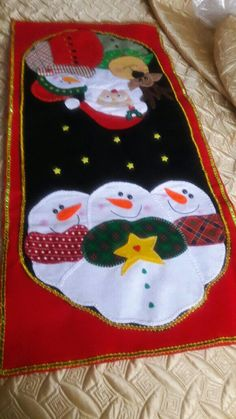 Christmas Holidays, Christmas Crafts, Plastic Canvas Christmas, Table Toppers, Tea Towels, Wool Felt, Snowman, Cross Stitch, Arts And Crafts