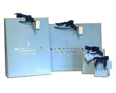 Here is the stunning packaging for Newbridge Silverware, we love the customary luxury colours associated with Newbridge Silverware.