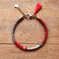 Bracelet en laine fine