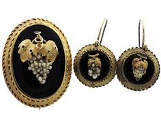 Victorian circa 1860 - Early Grand era. Estate 9kt yellow gold brooch and earrings set   In the Swan's Shadow