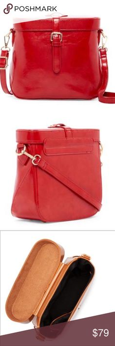 New Bright Wine Red Vintage Style Crossbody Look at last photo for full specs on bag. This bag is very stylish and would look great styled dressed up or down. I use colors like this as neutral to pep up my outfit. Pink Haley Bags Crossbody Bags