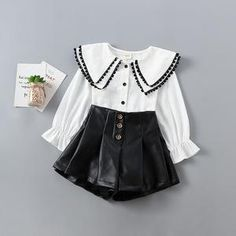 Dress up your cute little ones with this new and fashionable spring outfit, let them stand out and be the main attraction. Spring Outfits, Kids Outfits, Spring Clothes, Kids Fashion, Autumn Fashion, Cute Baby Shoes, Kids Pants, Blouse And Skirt, White Outfits
