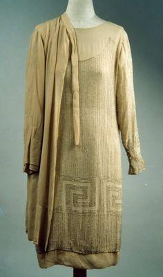Completo femminile in due pezzi | Identifier 00004331 | Temporal keyword Anni '20 del XX sec. | Galleria del Costume di Palazzo Pitti
