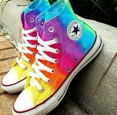 👟👟 #colorido #tenis #shoes #sapatos #allstar #colors #cores #colorful #FF #photooftheday #F4F
