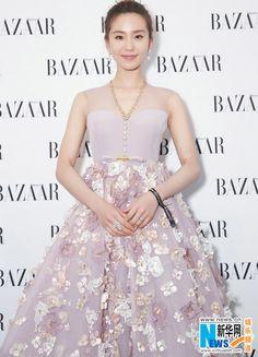 Liu Shishi at Bazaar Charity Night   China Entertainment News