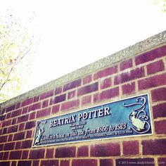 The best places for books in London! The famous Beatrix Potter blue plaque in Chelsea is just one of many literary landmarks across the city.