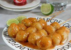 Indonesian Food, Aesthetic Food, Pretzel Bites, No Cook Meals, Food And Drink, Bread, Snacks, Fruit, Drinks