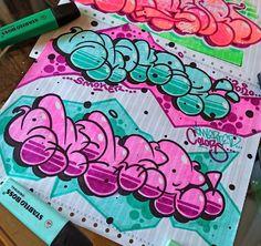 Graffiti Lettering Alphabet, Graffiti Text, Graffiti Piece, Graffiti Writing, Graffiti Tagging, Graffiti Murals, Graffiti Names, Street Art Graffiti, Graffiti Designs