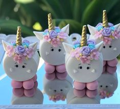 Birthday Cupcakes For Girls Marshmallow Pops 18 Ideas Girl Cupcakes, Birthday Cupcakes, Unicorn Themed Birthday, Unicorn Foods, Marshmallow Pops, Cute Desserts, Chocolate Covered Oreos, Birthday Party Decorations, First Birthdays