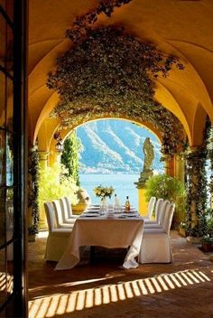 Lake Como   ----------------------------------------- Looking for a Personalized Travel Guide to #Italy? Visit WWW.JENSETTER.COM