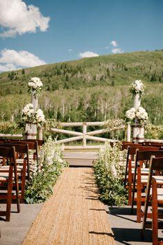 This is sooo gorgeous!! Pretty-in-Pink Utah Wedding at White Pine Ranch - MODwedding