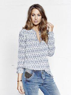 MOS MOSH // Moon Blue Printed LS - Jaime Beads Jeans