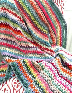 retro baby blanket crocheted by nainis. Pattern on Ravelry