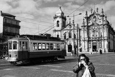 Fórmula para una fotografía callejera, Oporto, Portugal. Street Photography en blanco y negro.