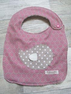 Joli bavoir personnalisable pour bébé! possibilité de le faire plus long pour enfant un côté éponge , l'autre coté coton   il est lavable en machine!! petite pression en - 8517443
