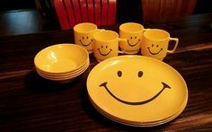 12 Piece Vintage Retro Smiley Smile Face Setting for 4 Melmac Plate Cup Bowl Set