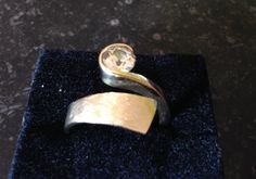 I had this heavy ring with light brown Russian zircon made by Eduard de Boer, goldsmith in Deventer, from surplus 14 ct golden chains and other stuff in 2014.