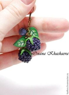 Picture tute for berries and leaves. #Polymer #Clay #Tutorials