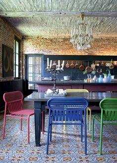 Une cuisine ancienne tout en couleurs