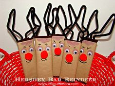 Hershey Bar Reindeer - Holiday Craft/// OK OK So they're not snowmen but they go hand in hand ; All Things Christmas, Holiday Fun, Christmas Holidays, Christmas Decorations, Christmas Ideas, Christmas Thoughts, Christmas Goodies, Christmas Inspiration, Holiday Ideas