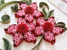 Quilled flowers - mix colors inside the petals, hmmmmmmm I love it love it love it!!!!
