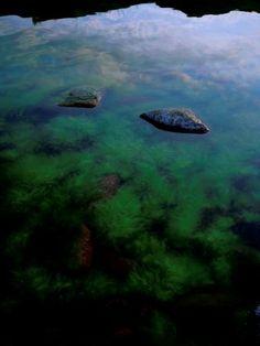 Taidelainaamo - Nina-Maria Oförsagd: Taivas, kivi, vesi