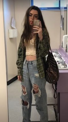 Indie Outfits, Retro Outfits, Cute Casual Outfits, Summer Outfits, Grunge School Outfits, Cute Grunge Outfits, Flannel Outfits, Summer Shorts, Modest Outfits