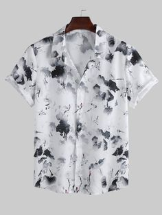 Chemise Fashion, Camisa Floral, Site Mode, Moda Emo, White Casual, Casual Shirts For Men, Men Shirts, White Shirts, Printed Shorts