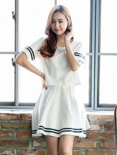 スカート - 丸襟半袖ボーダー柄飾りTシャツ&スカートの2点セット