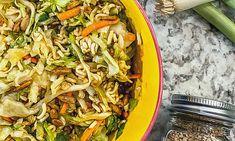 Asian Ramen Slaw Salad Ramen Cabbage Salad, Ramen Salad, Asian Recipes, Healthy Recipes, Ethnic Recipes, Side Salad, Caption, Main Dishes, Salads