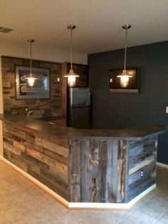 How to make a DIY Pallet Bar? : How to make a DIY Pallet Bar? - Is it your friend's birthday or some big event coming up in few days? If yes and you wanted to surprise him then making a DIY pallet bar is a great . Diy Bar, Diy Home Bar, Bars For Home, In Home Bar Ideas, House Ideas, Rustic Basement Bar, Basement Bar Designs, Home Bar Designs, Basement Ideas