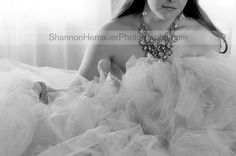 Shannon Hemauer, a women's portrait photographer specializing in boudoir & glamour photography for women in the South Central PA area, shares images from her latest session.