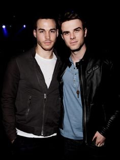 Nate and Chris in one pic! omg *ovaries explodes*