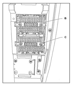 Volkswagen Golf Engine additionally 9 Pin Trailer Wiring moreover Electric Fuel Injector Diagram moreover 9 Pin To 25 Diagram besides Diagram For Fr. on volkswagen transporter t5 essentials from september 2009 fuse box diagram