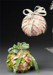 ornaments - Click image to find more Holidays & Events Pinterest pins
