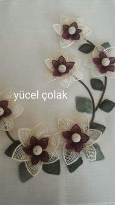 """This post was discovered by Emi """"This post was discovered by HUZ"""" Flower Crafts, Diy Flowers, Crochet Flowers, Machine Embroidery Designs, Embroidery Stitches, Hand Embroidery, New Crafts, Crafts To Make, Burlap Crafts"""