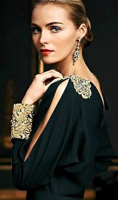 Dress black tie ralph lauren New Ideas Vestidos Ralph Lauren, Ralph Lauren Style, Fashion Details, Look Fashion, High Fashion, Womens Fashion, Fashion Design, Valentina Zelyaeva, Elegant Woman
